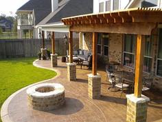 brown-patio-stmaped-patio-texian-concret