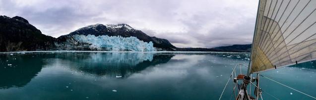 sailing in Glacier Bay