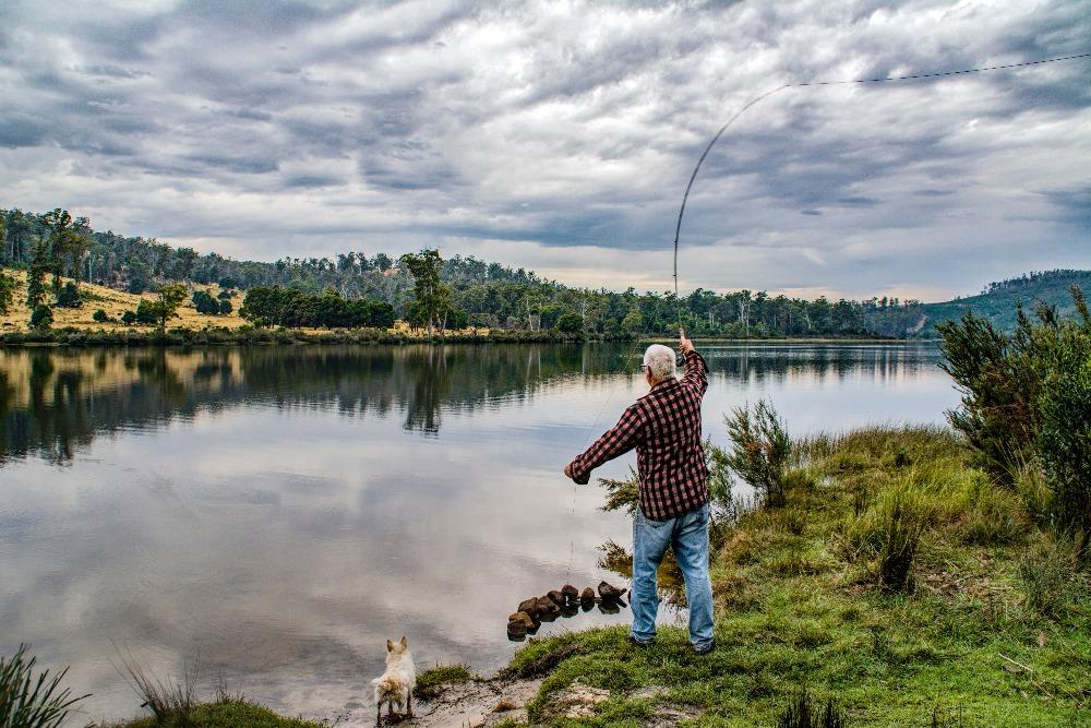 woman-doing-fishing-1165125_edited