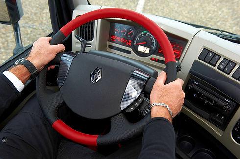 premium_long_distance_truck_racing_13383