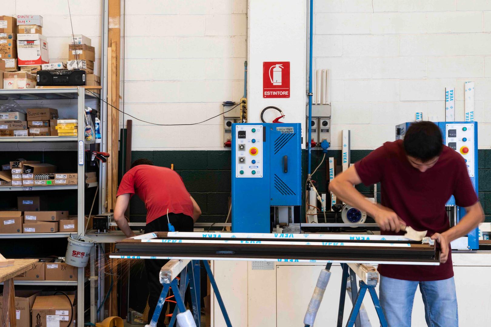 ionut produzione serramento pvc2.jpeg