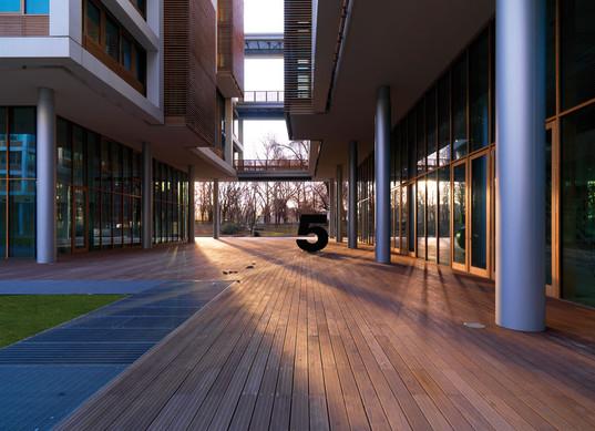 deck_gallery49.jpg