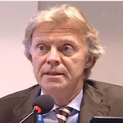Dr. Gianni Cadario