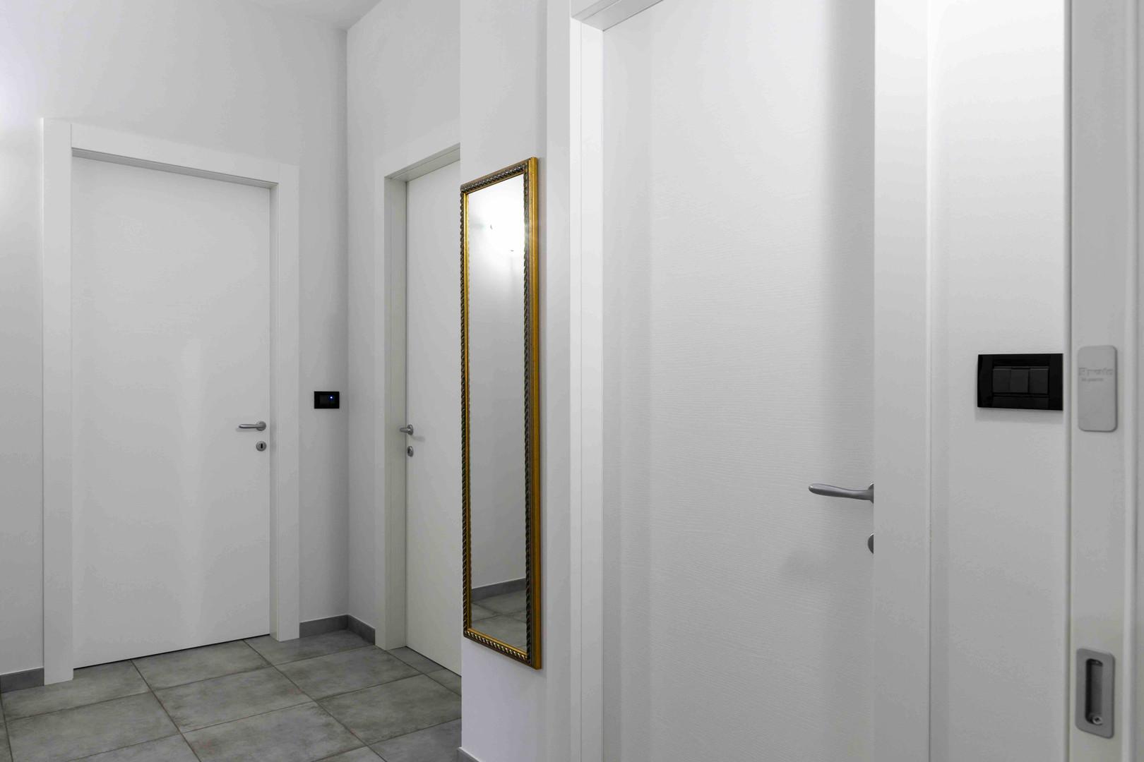 porta interna bianca liscia3.jpg