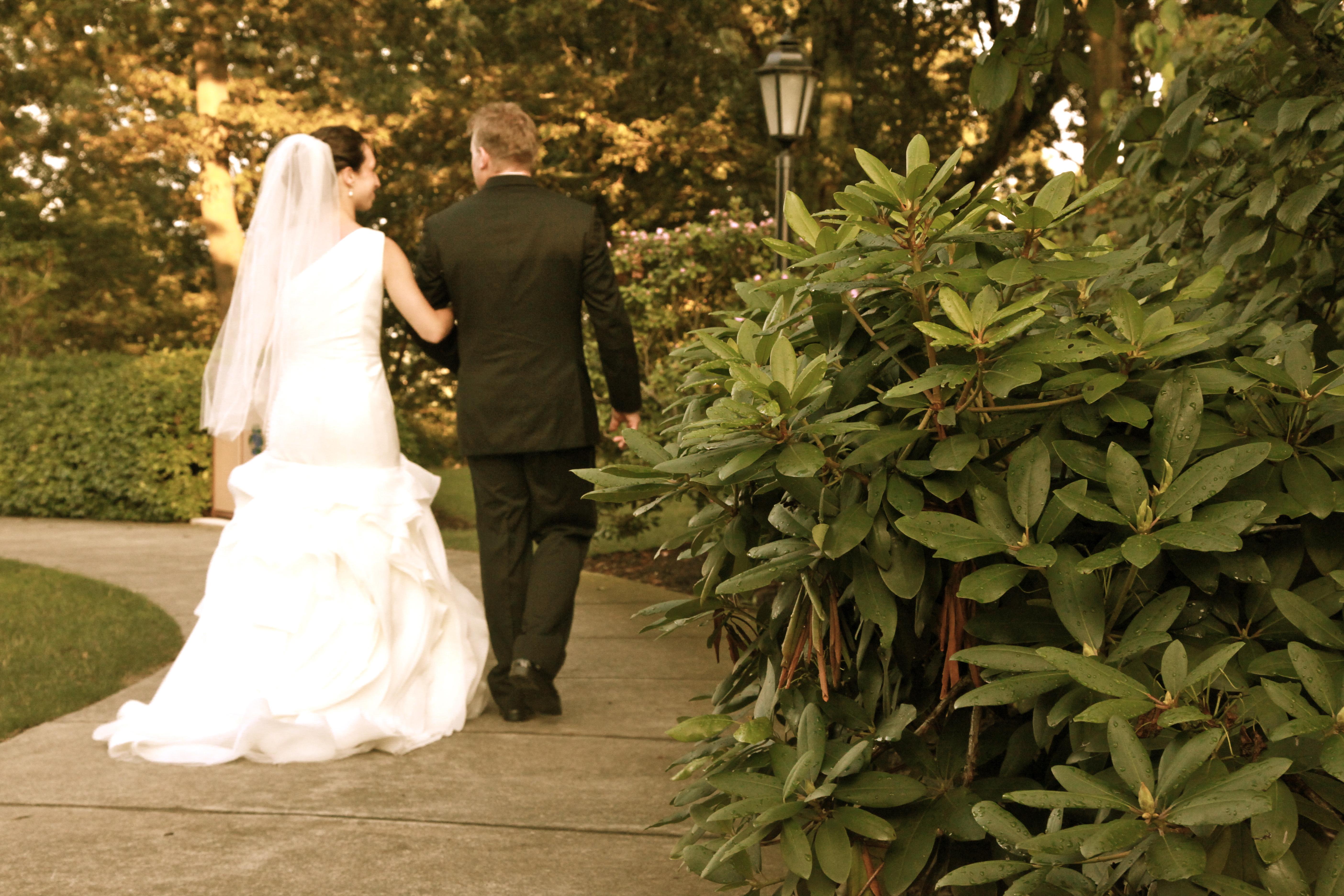 Wedding Walk away Picture