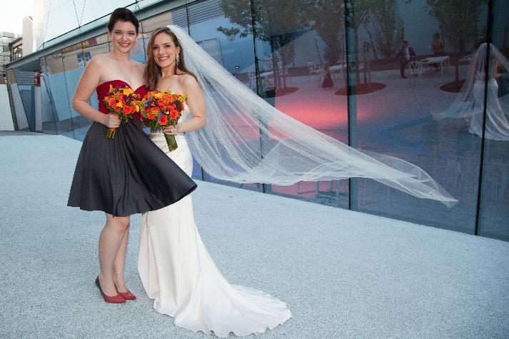 Wind in the Bride's veil