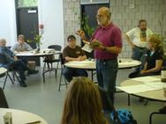 Robert Kushner teaching his workshop in September 2011.