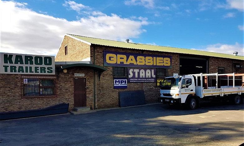 Grassies staal 2_edited.jpg