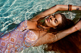 Robyn Lawley Photographed by Steven Chee for Cosmo Australia
