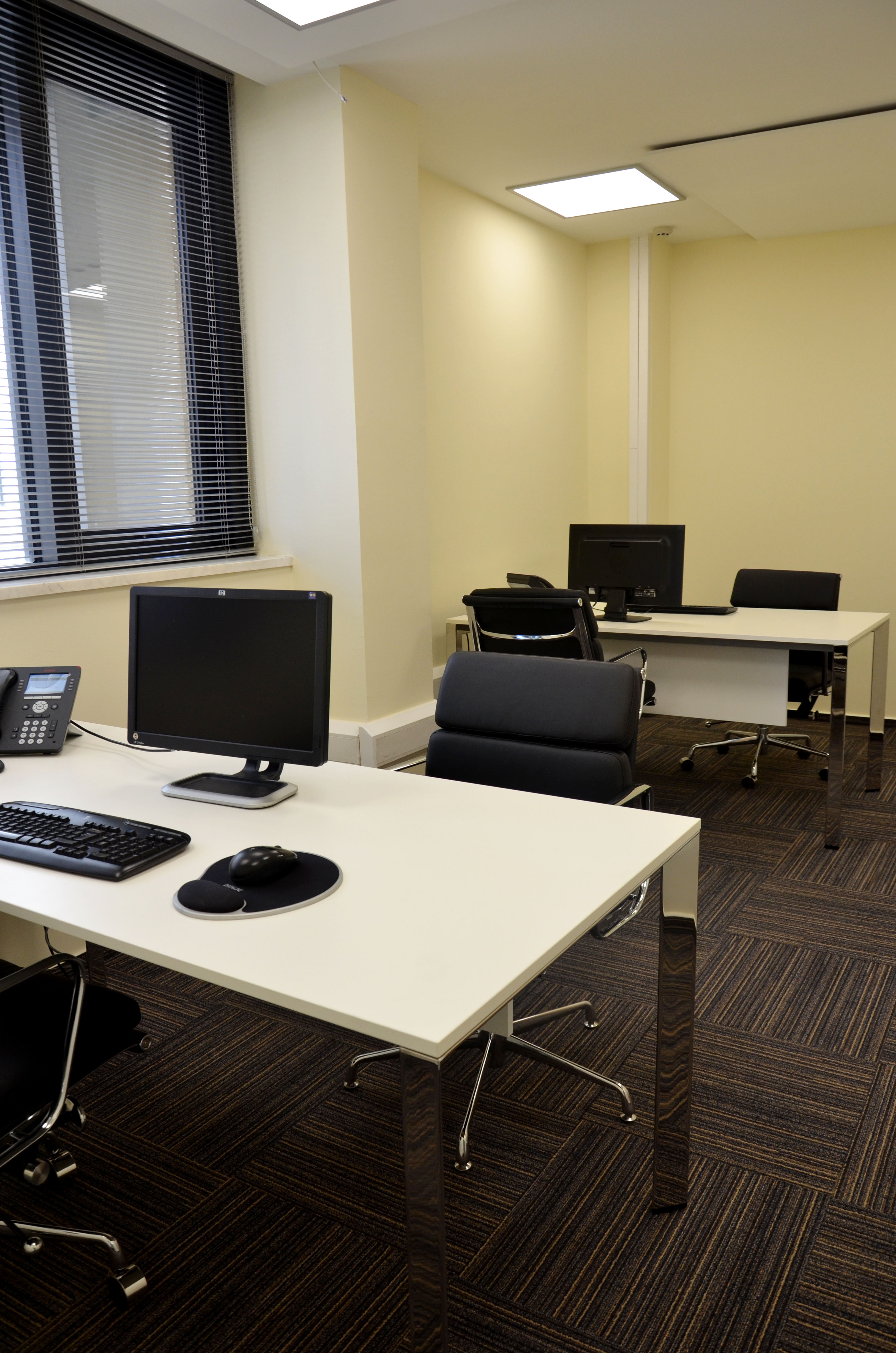 JNT Double office space sample