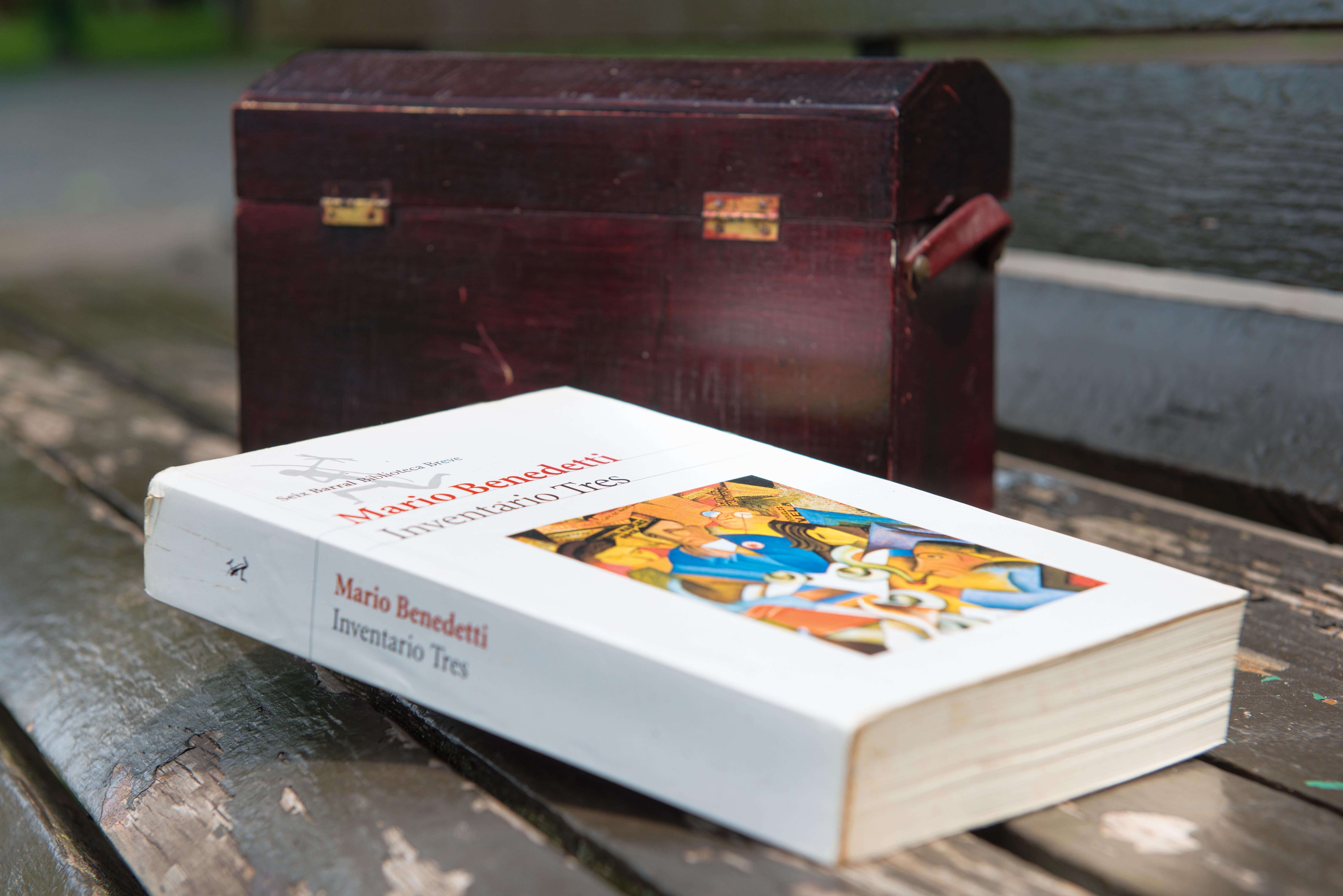 Le livre à Narela