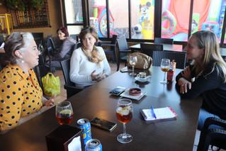 La asociación AlVelAl celebra su primer Café en Femenino