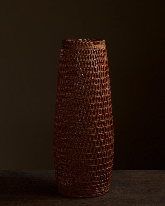 Chikuunsai II: Flower basket with hexagonal weave