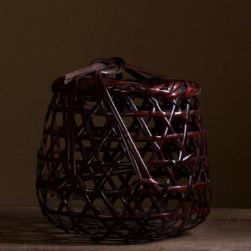 Iizuka Rokansai Flower Basket Kani no Yado