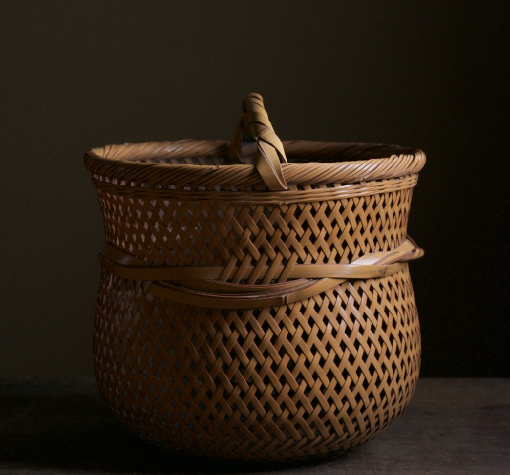 Yokota Hosai (Minesai) Leached Bamboo Basket 03.jpg