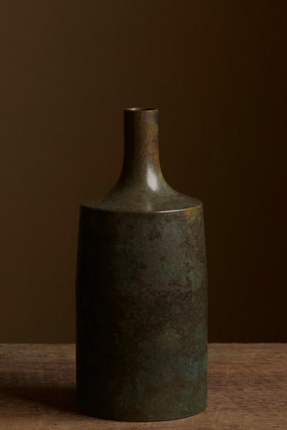 Japanese bronze vase.jpg