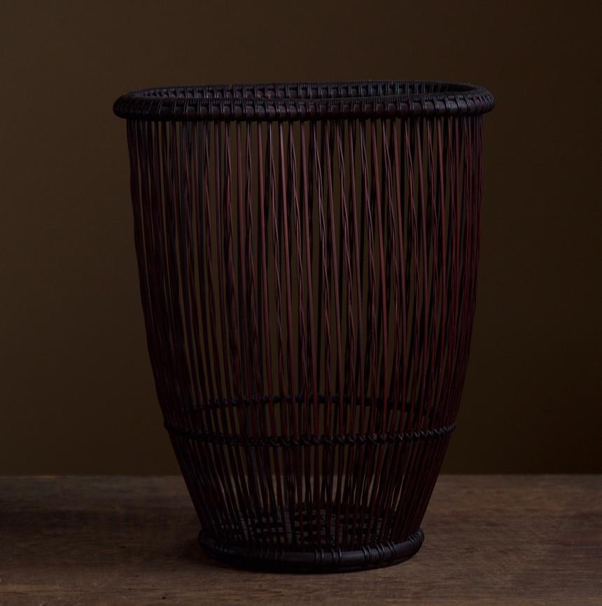 Shiotsuji Juran combed weave basket 01.jpg