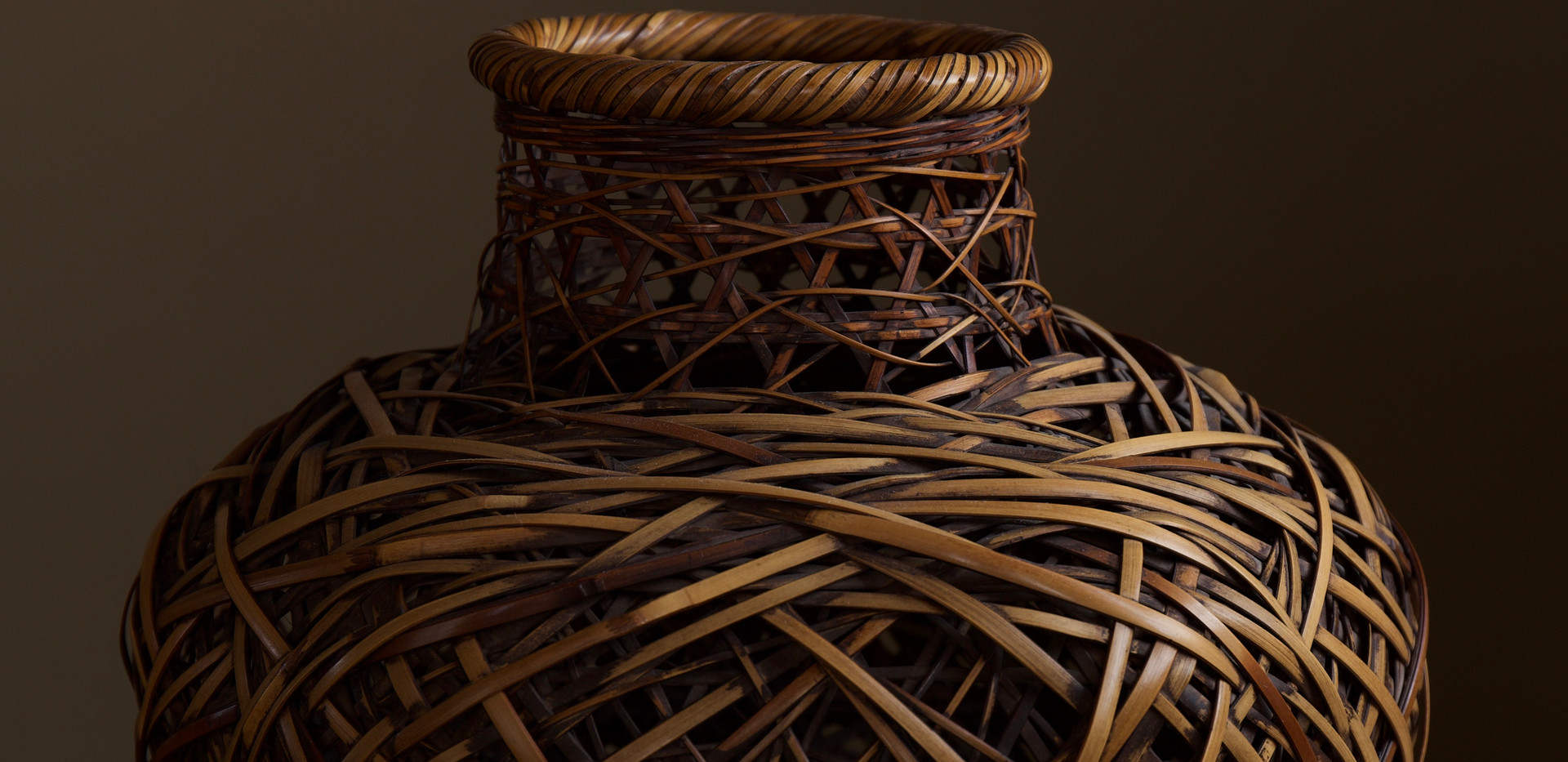 Kadota Niko Flower Basket 02.jpg