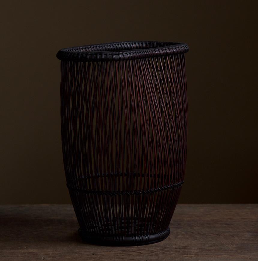 Shiotsuji Juran combed weave basket 03.jpg