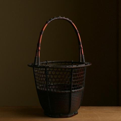 Bamboo flower basket in Ryurikro style.jpg