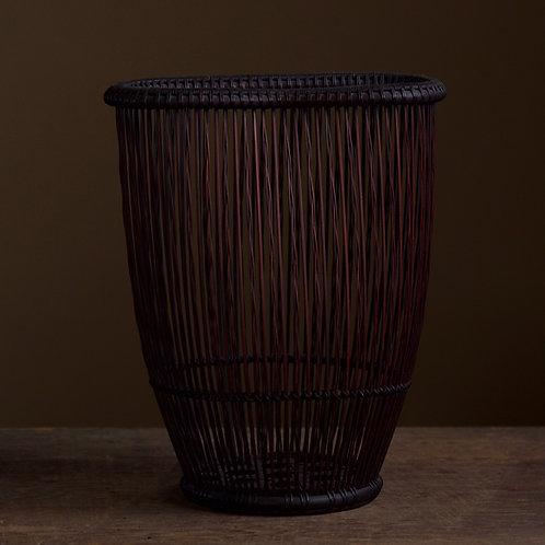 Thousand-line flower basket by Shiotsuki Juran