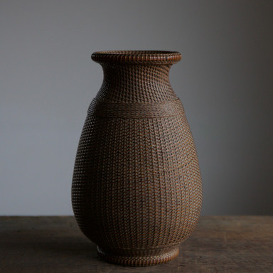 Iizuka Hosai II One Stem Flower Basket.jpg