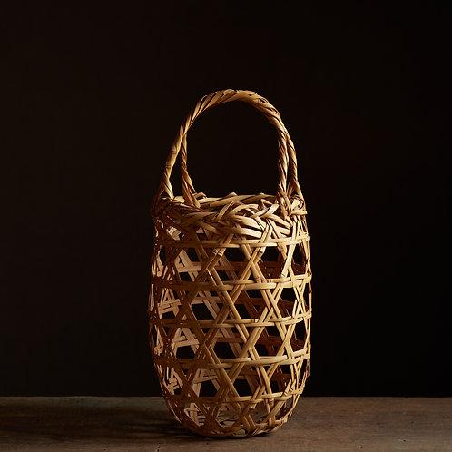 Beautiful hexagonal-weave natural flower basket by Chikuryusai I