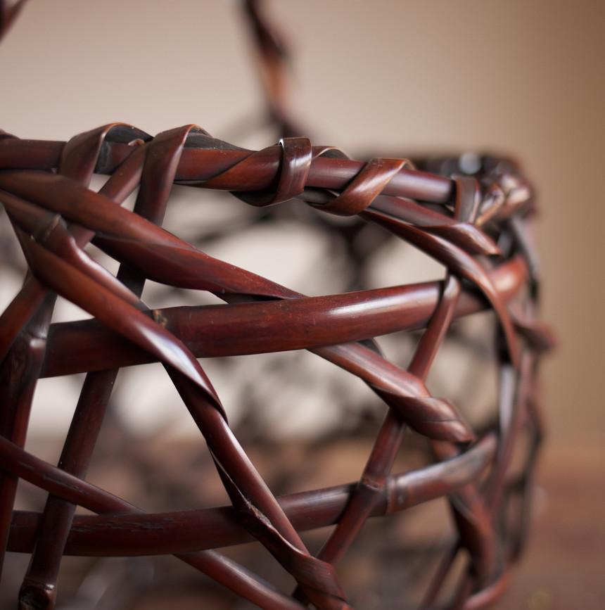 Mountain Road Bamboo Basket by Chikuunsai II 04.jpg