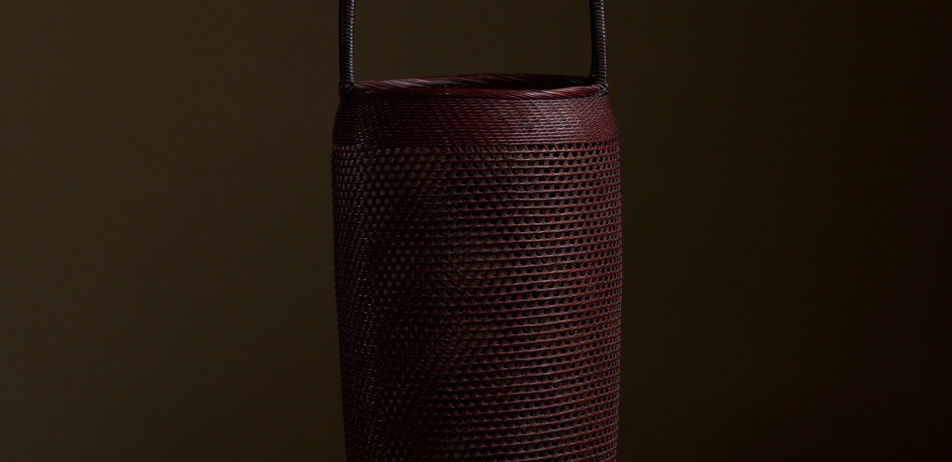 Small Bamboo Flower Basket by Morita Chikuyosai 01.jpg