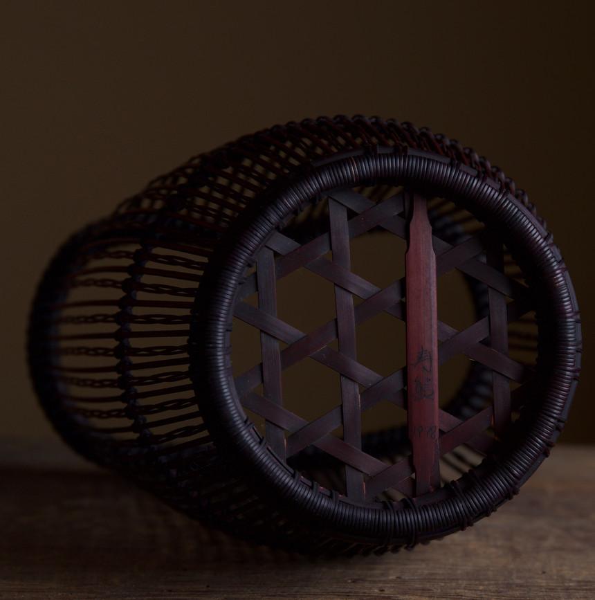 Shiotsuji Juran combed weave basket 06.jpg