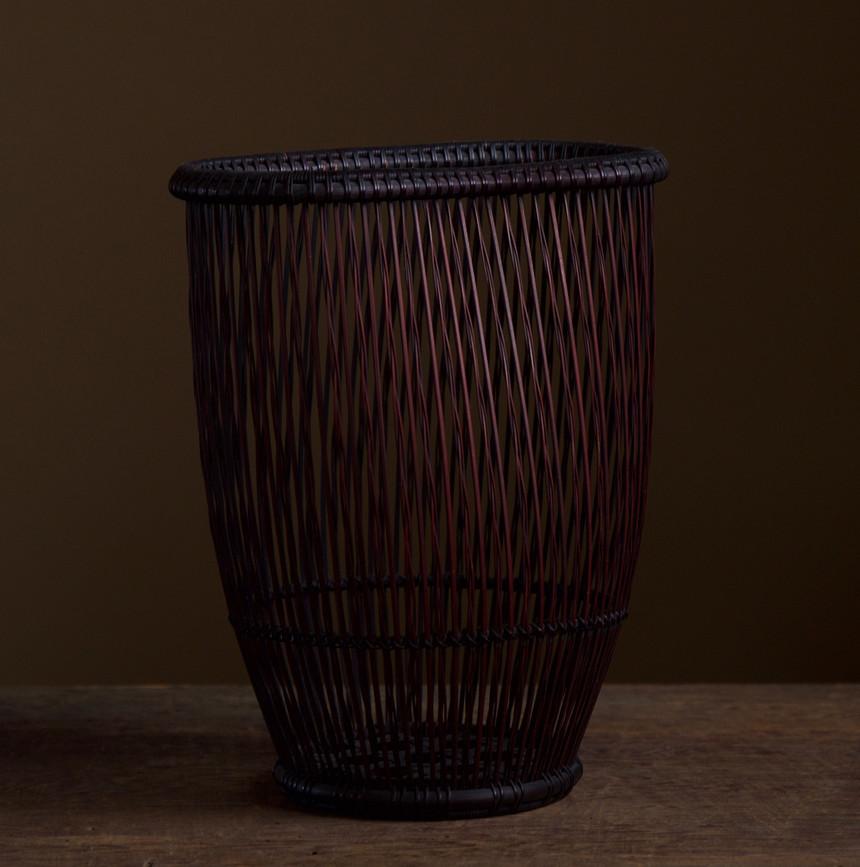 Shiotsuji Juran combed weave basket 02.jpg