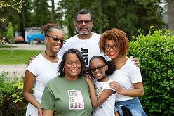 Distinctive Family Portraits