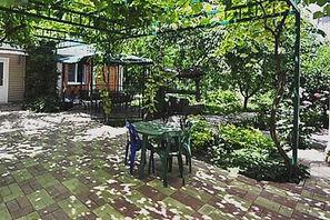 Дивноморское Гостевой дом «Черешневый сад»