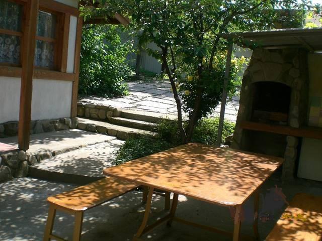 Дом под ключ на улице Грибоедова 1.jpg