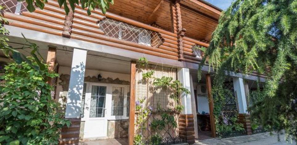 Отель «Югоморье» в Архипо-Осиповке