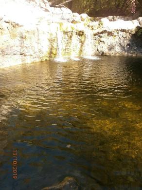 водопад п. Возрождение Геленджик.jpg