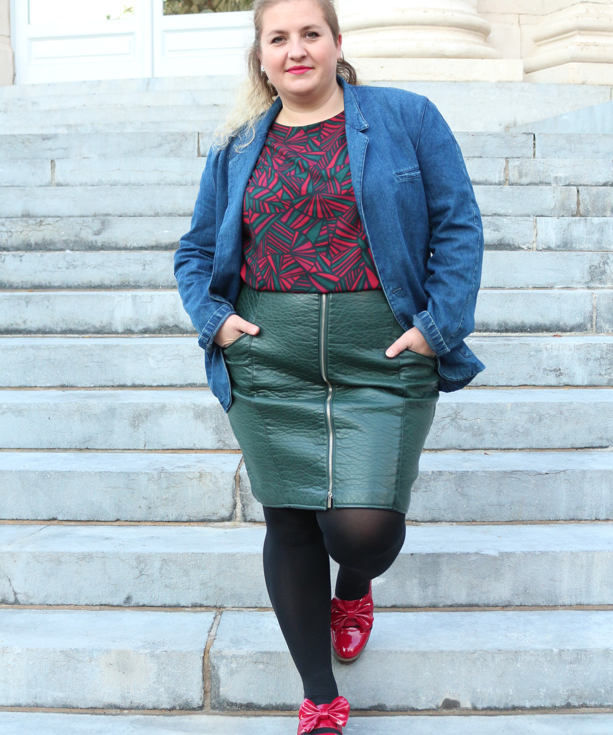 And-god-created-elvis-plus-size-blogger-blog-mode-curvy-french-curves-Violeta-La-Redoute-Asos-Red-8
