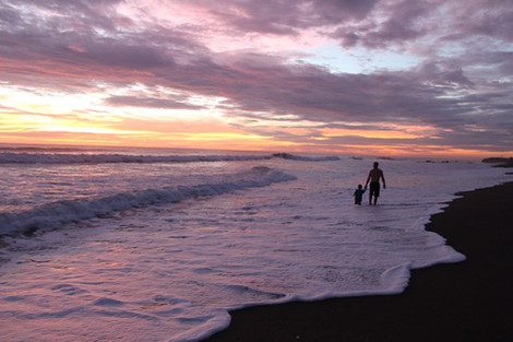 Greg & Atlas (2) on the beaches of Nicaragua