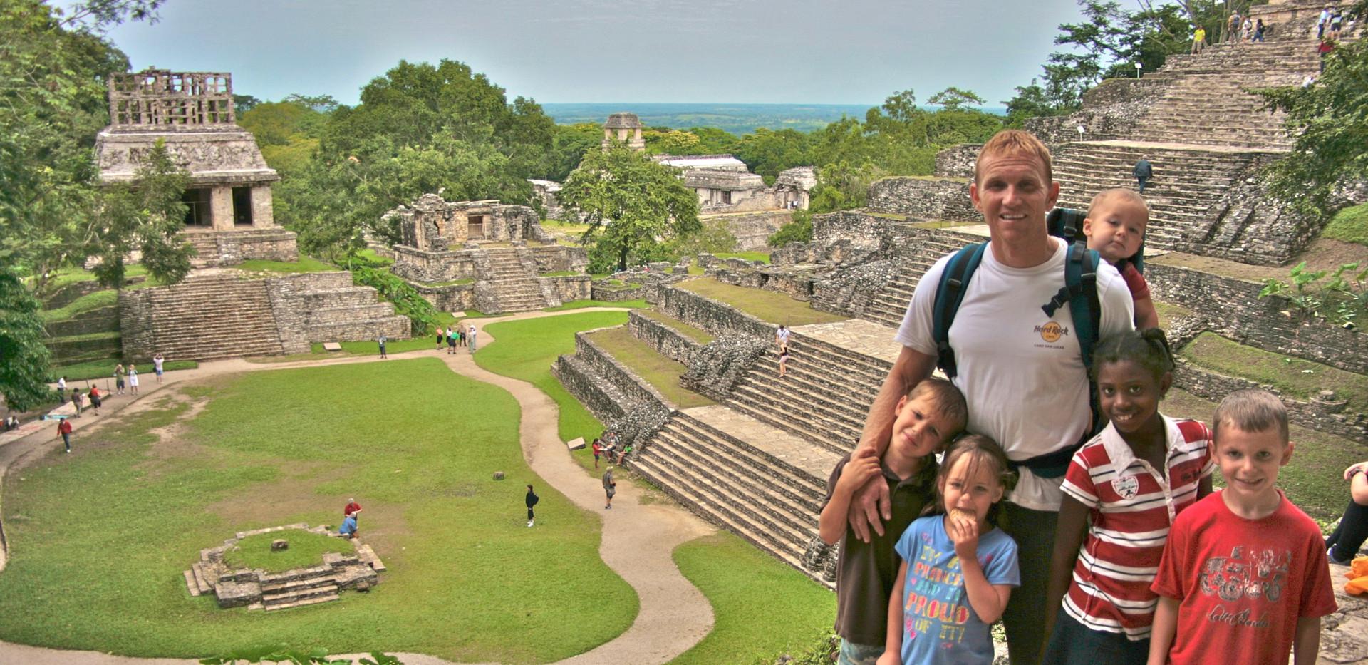 Denning Palenque.JPG