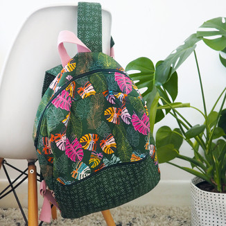 Backpack wth outer pocket