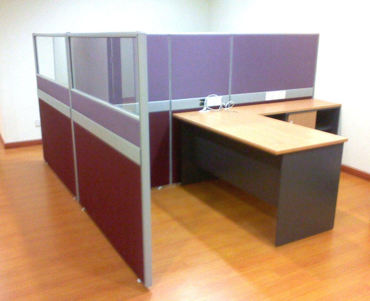 Open Plan Workstation Table
