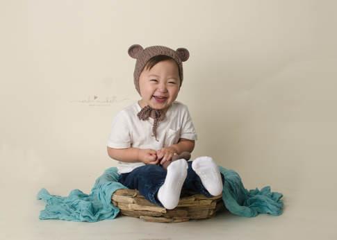 Erika Michelle Photography - Toddler/Children Photographer Bear
