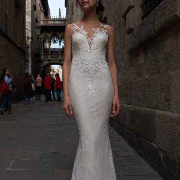 Vestuvinė suknelė November