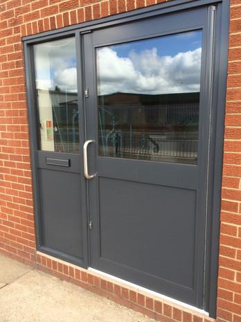 Kestrel Single Entrance Door w/ Sidelight
