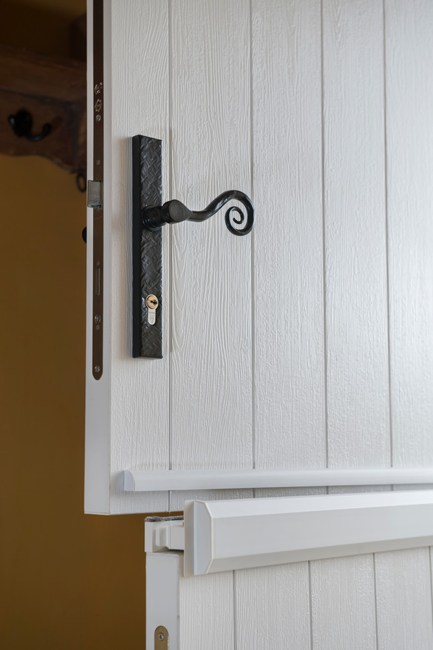 Solidor Flint Solid in White