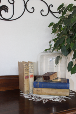 front room book tableau 8-11-2013 3-57-44 AM 2421x3625_edited.JPG