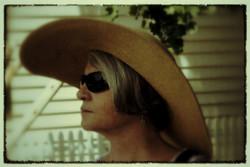 snapfish+mom+hat+6-25-2011+11-41-43+PM.JPG