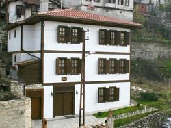 Ebrulu Konak