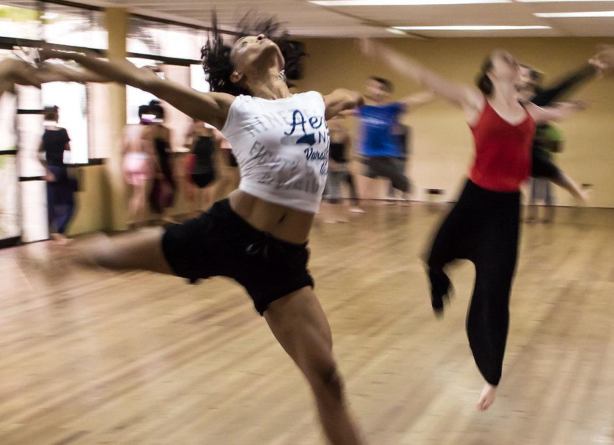 dancing-dance-people-hip-hop-12312_edite