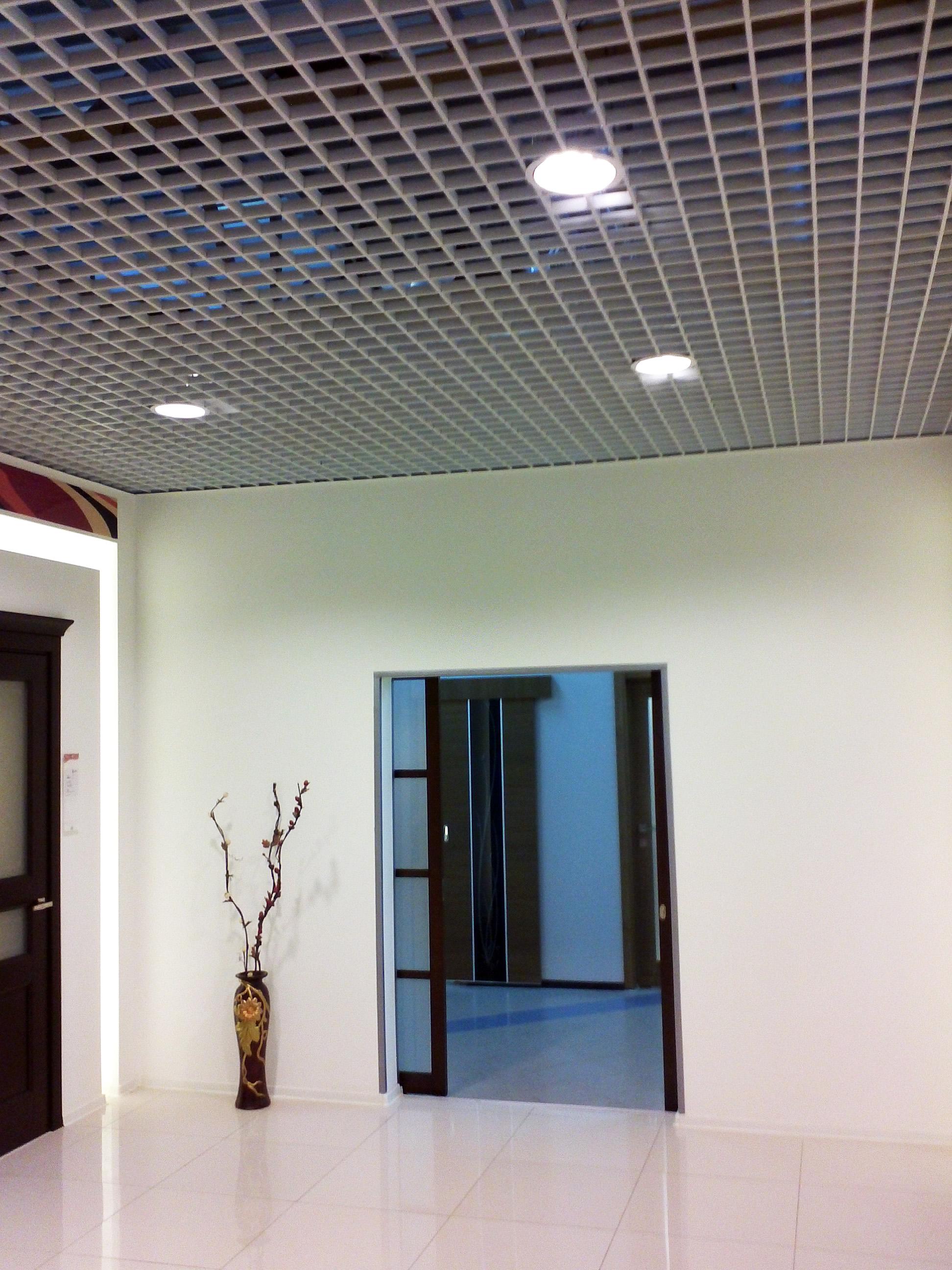Первый салон дверей Волховец